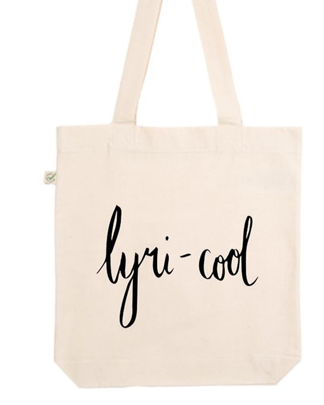 Who doesn't love a TOTE?! Ethically printed, lyri-cool are excited to release a limited number of tote bags! All profits from tote bags in particular will be going to GUIDE DOGS AUSTRALIA 🐶  #totebag #sustainablefashion #lyricool