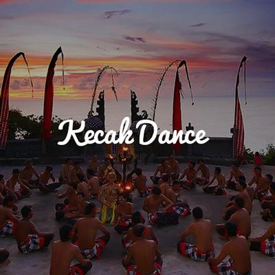 Watch traditional Bali dance in Uluwatu Temple