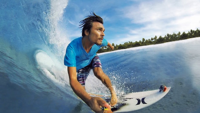 Surfing image during travel