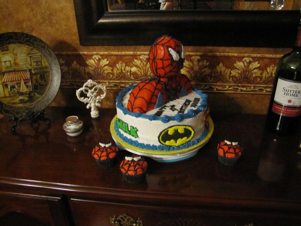 superhero2 cake.JPG