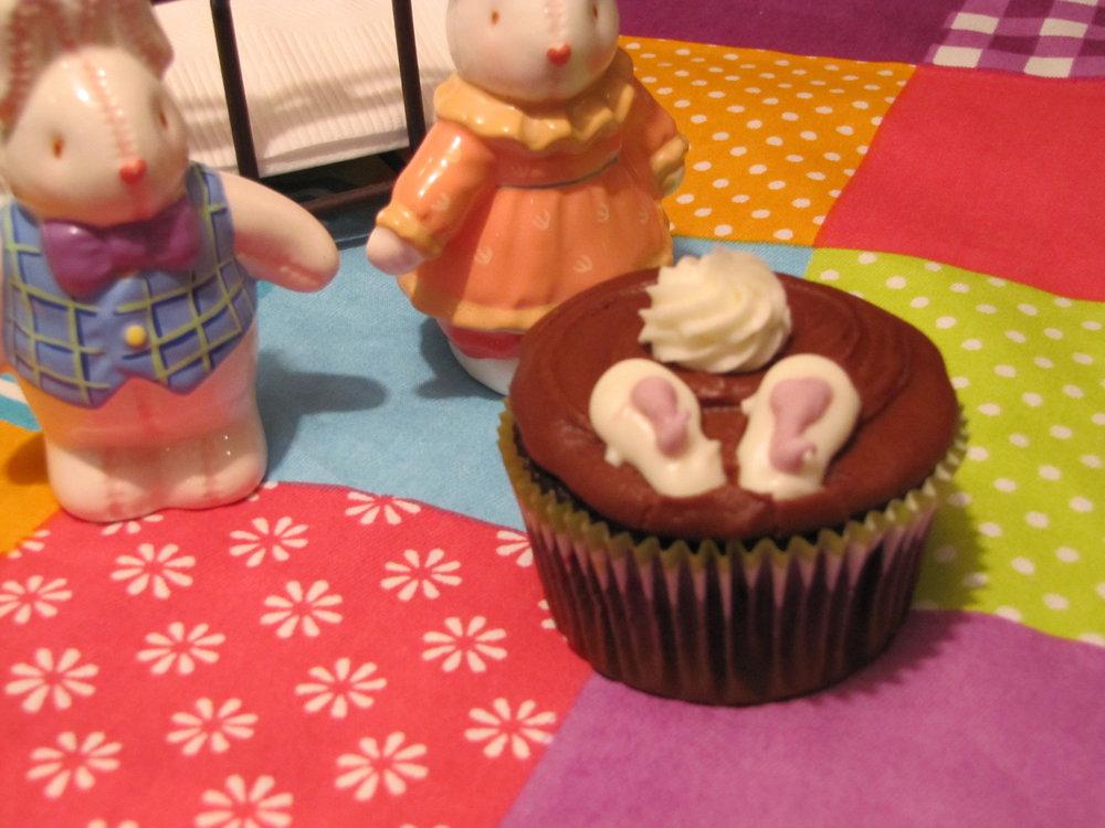 bunhy cupcakes.JPG
