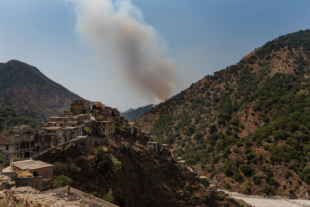 A wildfire broken out on August 2 around Roghudi Vecchio, on the Aspromonte National Park's borders.