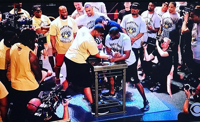 Hope you enjoyed the first two #ProFootballArmWrestling shows this weekend! Tune in next Saturday, June 3 at 2pmET on #CBS for the #LightHeavyweight & #Heavyweight Finals Show!! 💪🏈 Tag us in your posts with #ProFootballArmWrestling! #armwrestling @CBSSports @CBStv