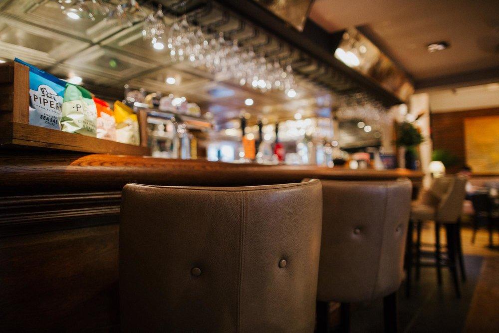 The bar at The Globe pub in Warwick.jpg