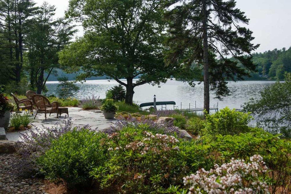 lakefront_landscape_new_england