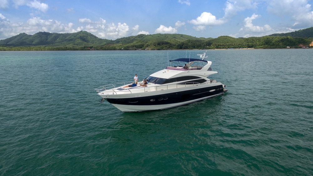 yacht sofia phuket -