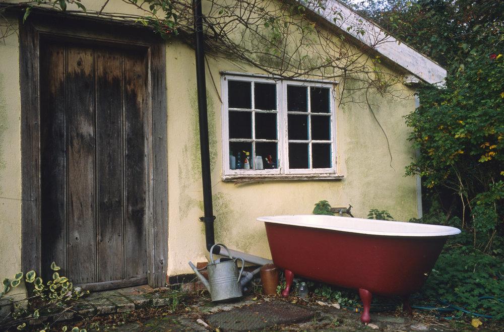 Bathtub, Walnut Tree Farm, Suffolk, 2006; 28.5 x 42 inches, Edn.of 3; 22 x 32 inches, Edn.of 5