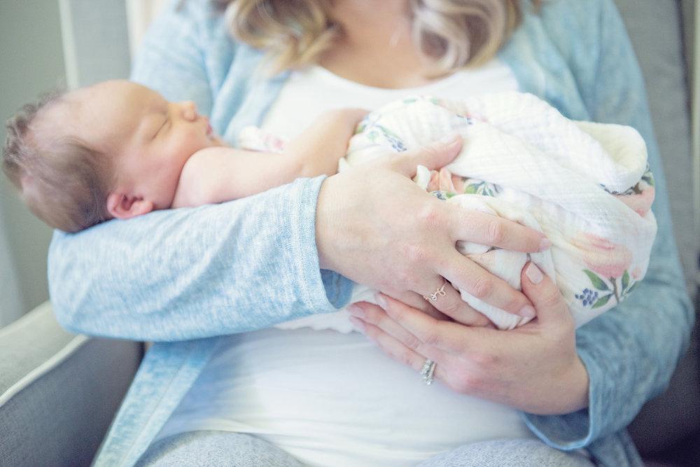 milas_newbornsession-90.jpg