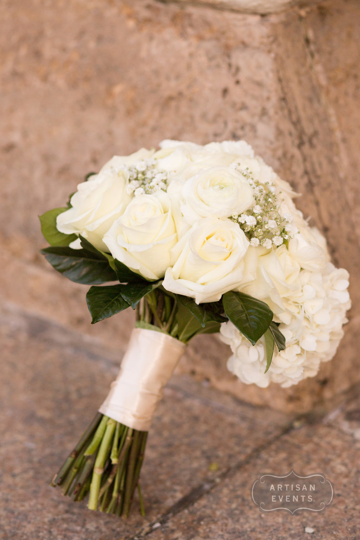 bridal bouquet, wedding flowers, Chicago Cultural Center, Wrap It Up Parties