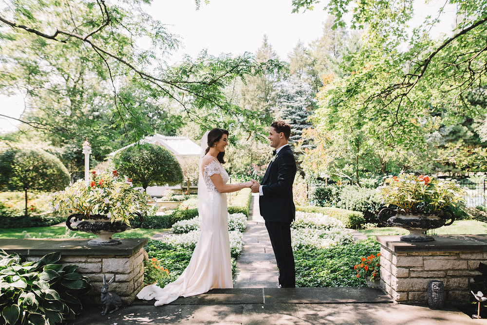 0159--Katelyn_+_Brendan-Wedding_Highlights-Shot_by_Couple_of_Dudes-Joe_Tighe.jpg