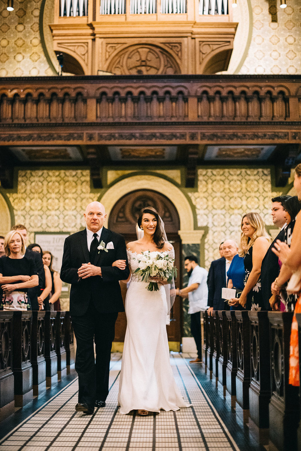 0182--Katelyn_+_Brendan-Wedding_Highlights-Shot_by_Couple_of_Dudes-Joe_Tighe.jpg