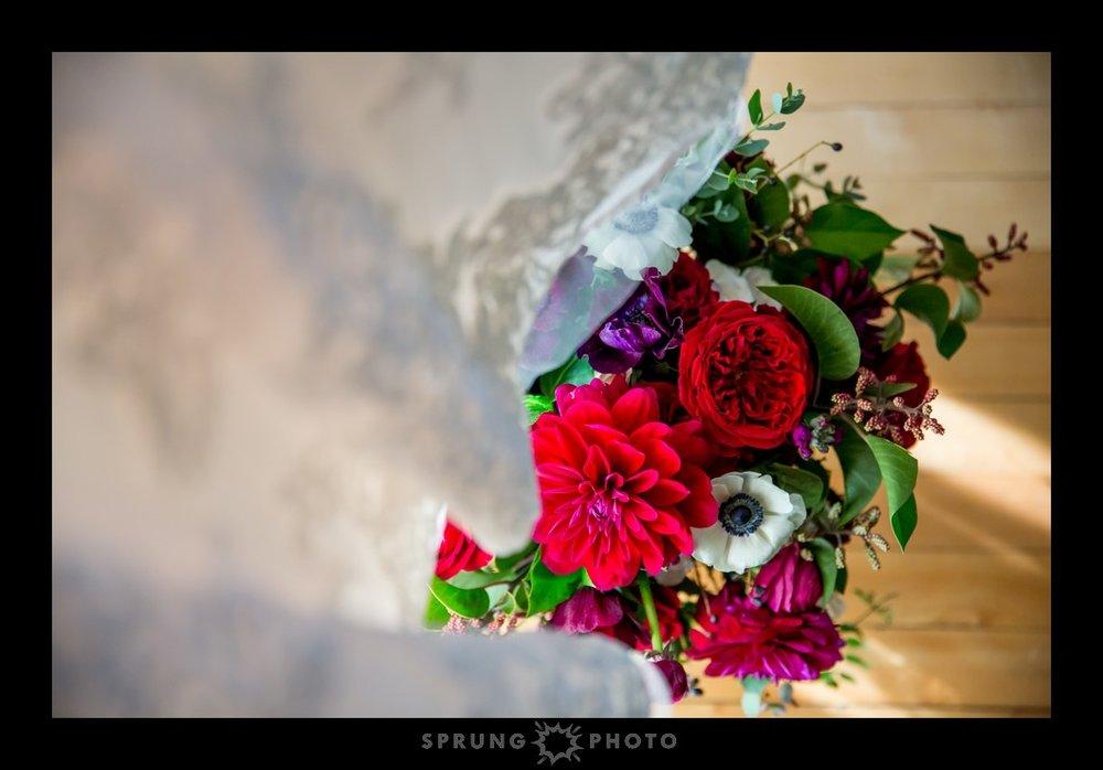 Erika-and-Dan-Redfield-Estate-Glenview-Wedding-Sprung-Photo-32_web.jpg