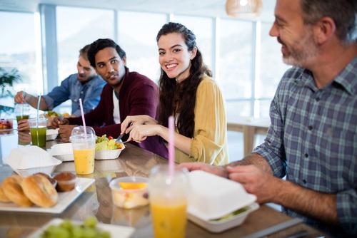 Business Catering - Brunssi toimistolle? Ajankohtaispäivän lounas? Tyylikäs ja moderni kattaus toimistojuhlaan? Tai vaikka Food Truck kesäpäiville! Soita tai laita viesti, niin suunnitellaan yhdessä teemaanne sopivin kokonaisuus!