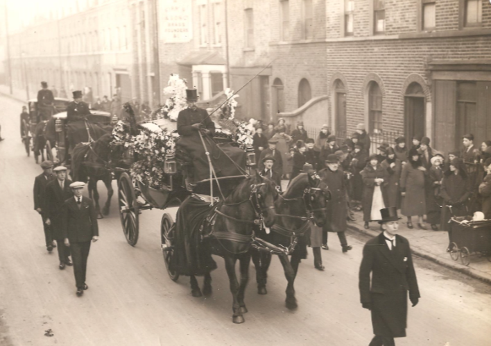 Jane's funeral carriage, 1928