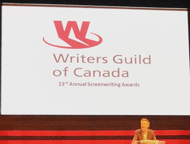 A blast was had at the WGC awards last night!! Congratulations to @notamandajoy for her nomination for @secondjentv 🎉 📸cred for this amazing photo goes to @jokeinthemachine . #comedy #writersguild #awards #livingthedream #canadiancomedy #industry #canada