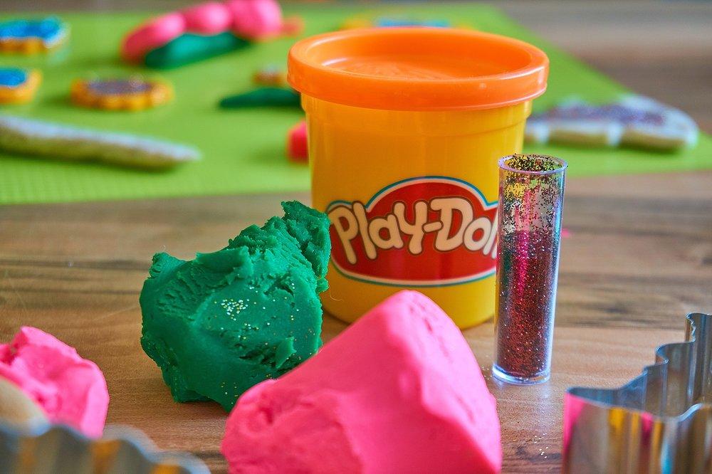 play-doh-3308885_1920.jpg
