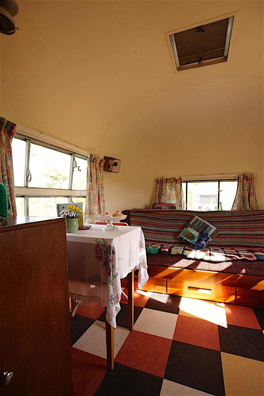 Caravan 15.jpg