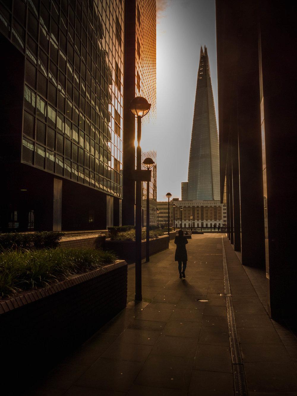 street photography - walkaroundcity4.jpg