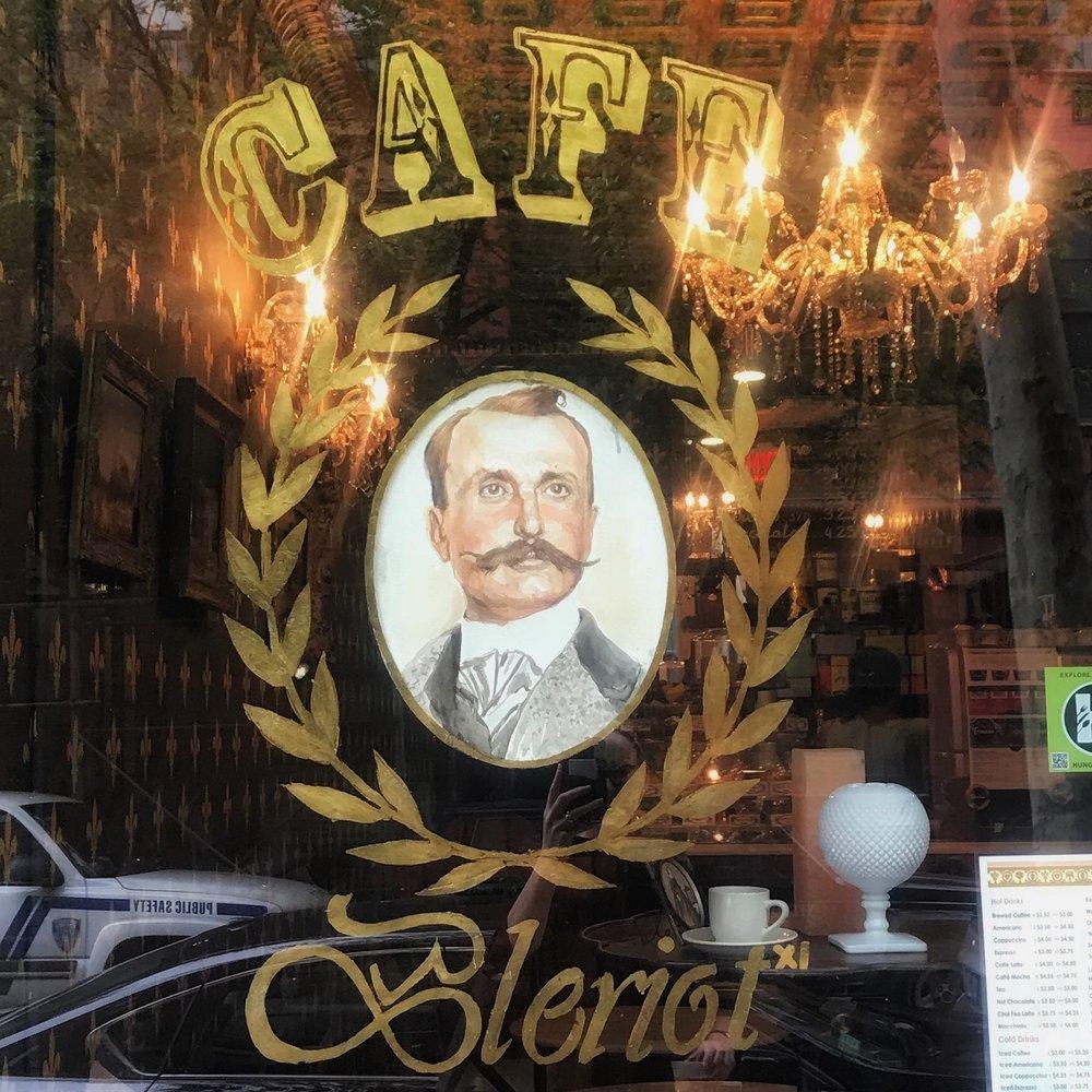 Cafe Bleriot XI Cafe