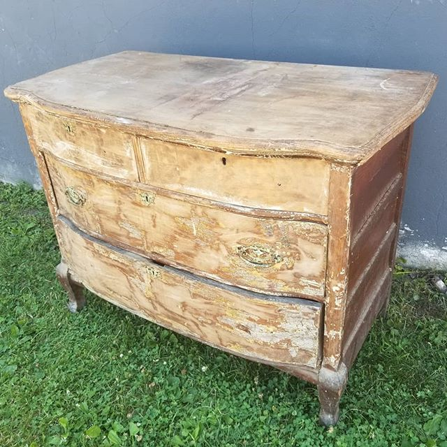 Our customer wasn't sure if this piece could be brought back. Boy was she glad she gave it a chance. #oldpeg #oldpegfurnitureservices #furniturerepair #furniturerestoration #furniturerepairshop #furnitureservices #restoration #furniturerehab #syracusefurniturerepair #syracuseny #cny #cnybusiness #cnylocal #cnylocalbusiness
