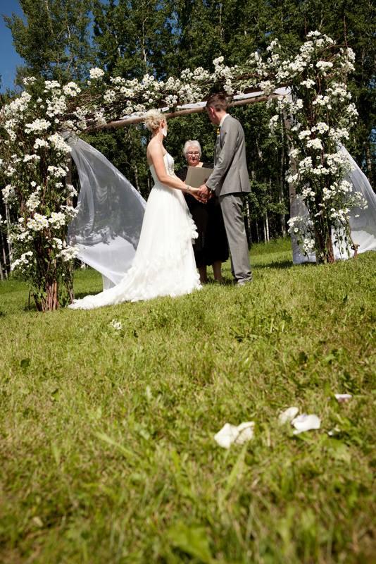 Nicole Wedding Arch.jpg