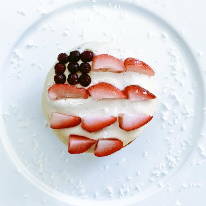 Grain Free Yellow Cake - www.getWelli.com - #getWelli #vegan #grainfree #paleo #glutenfree