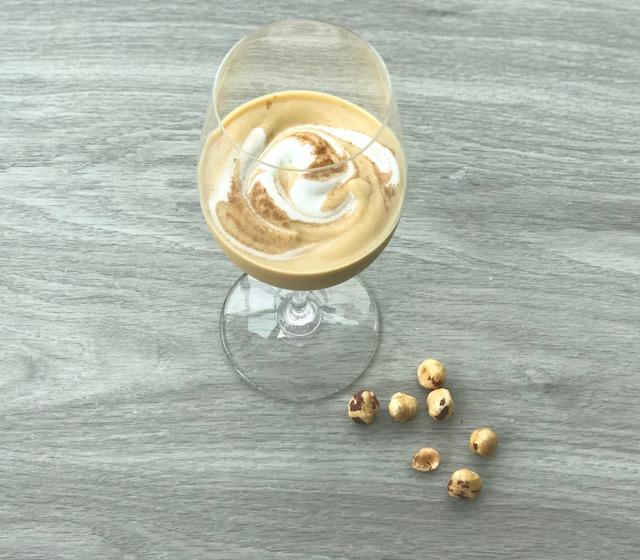 pumpkin hazelnut smoothie - www.getWelli.com - #getWelli #vegan #paleo #smoothie #breakfast #leftovers #pumpkin