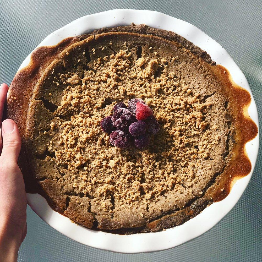 Chocolate Amaretto Pie - www.getWElli.com - #getWelli #vegan #glutenfree #grainfree #paleo #dessert #healthy