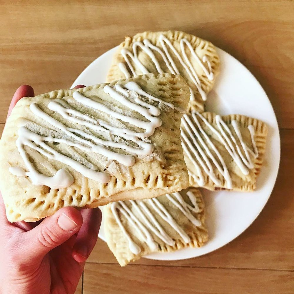 Better Than Pop Tarts - www.JoyfulGoodness.com - #JoyfulGoodness #beJoyful #paleo #vegan #grainfree #poptarts #breakfast #brunch #sugarfree