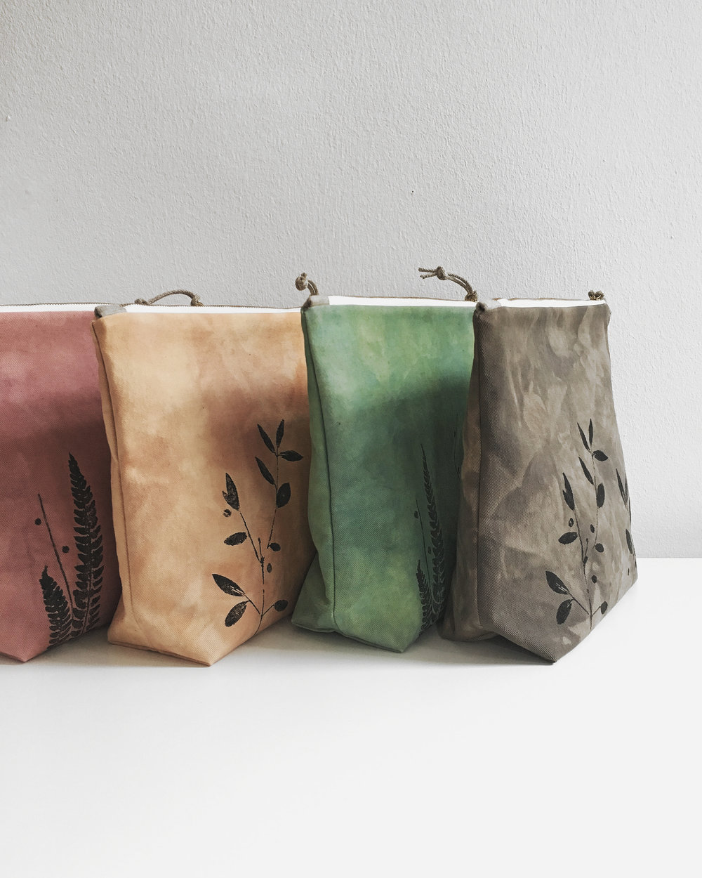 Madder, onion, woad, acorns dyed cotton project bags