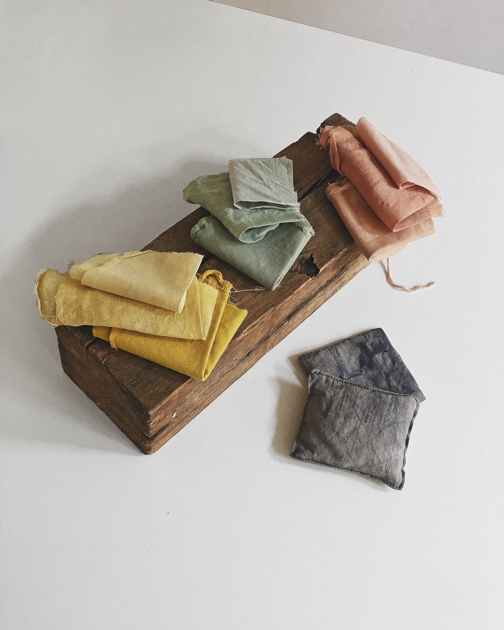 Dyeing cotton and linen with avocado, goldenrod and black hollyhock