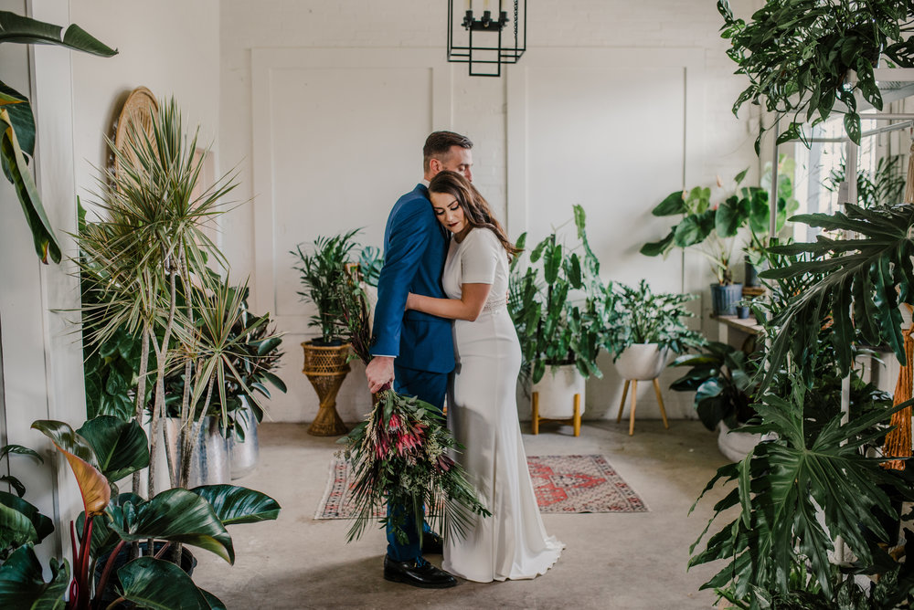 WEDDINGS& EVENTS -