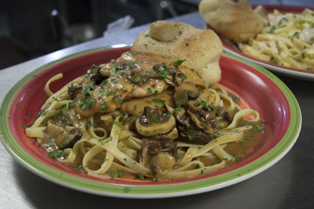 Chicken_Marsala_Wide_Reduced.jpg