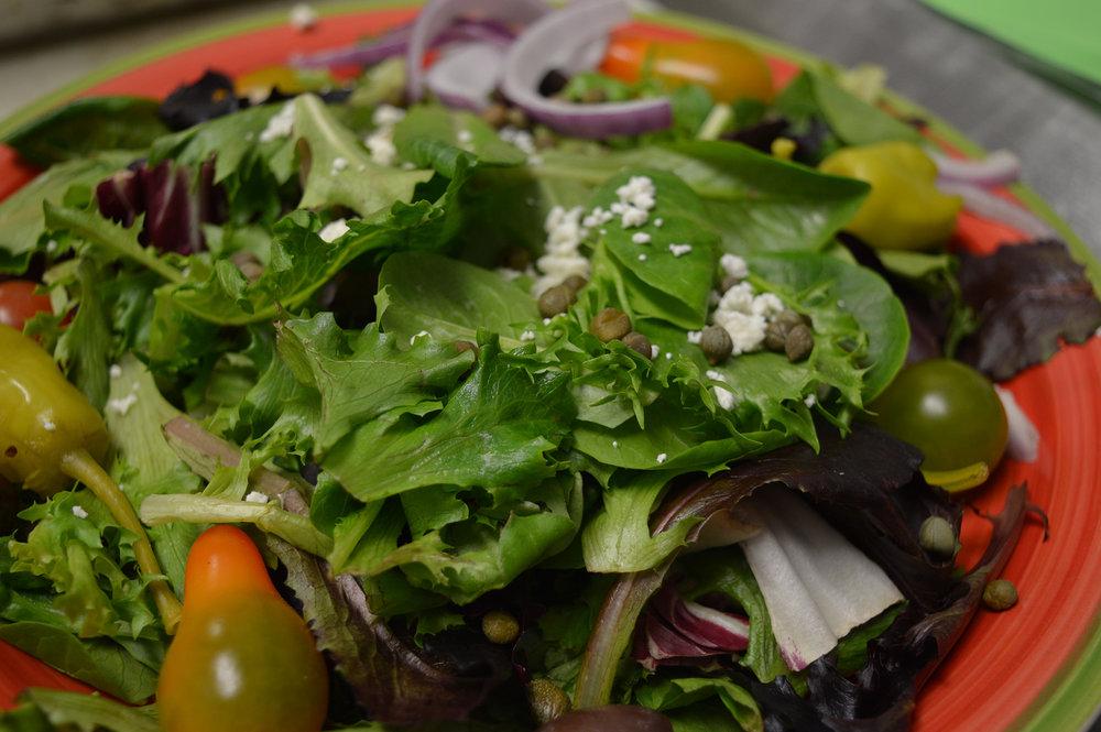 Greek_salad_Reduced.jpg