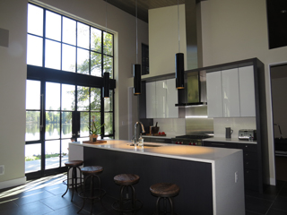 Lakeside_Residence_Kitchen_Shade_Open.jpg