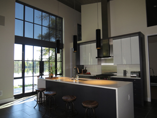 Lakeside_Residence_Kitchen_Shade_Half.jpg