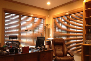 WoodBlinds_WoodStain_Office,Sm.jpg