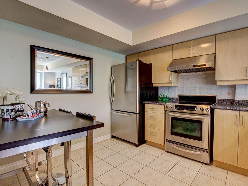 8_Kitchen3.jpg