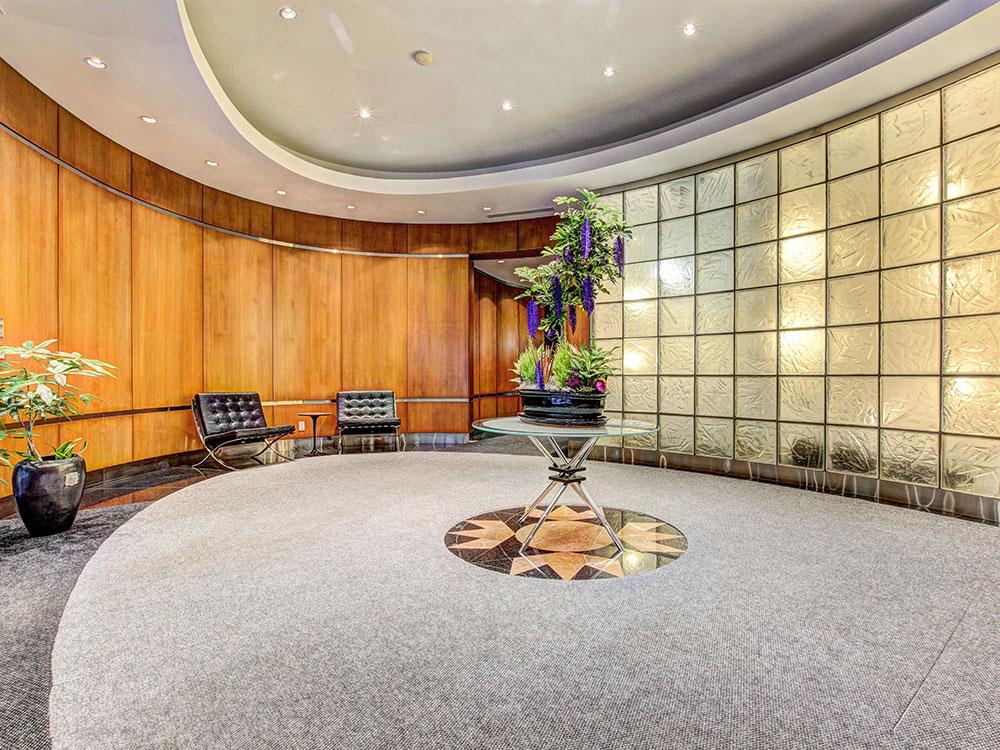 4-Building+lobby-1.jpg