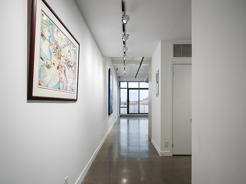 1-Hallway2.jpg