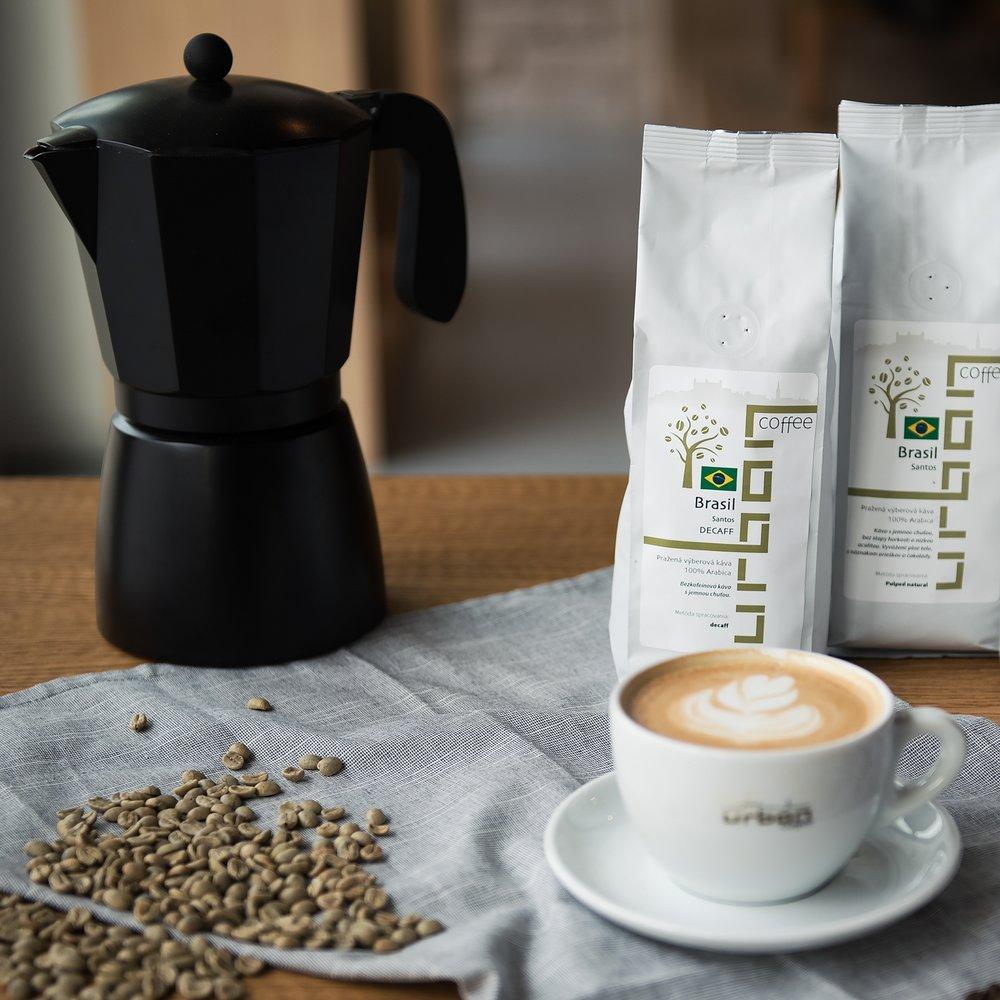 Urban coffee je jedna z prvých kaviarní v Bratislave, v ktorej sa káva praží priamo v priestoroch kaviarne. Sídlo prvej prevádzky sa nachádza práve v bude BBC 1 Plus na Plynárenskej ulici v Bratislave. Koncom minulého roka sme otvorili druhú kaviareň v Panorama City na Landererovej ulici. V našej ponuke nájdete približne 30 druhov plantážnych káv z celého sveta, ktoré pražíme priamo v kaviarňach. V našom stánku na Eco Village budete môcť ochutnať dve výberové kávy a zakúpiť si kávy z rôznych kútov sveta. V ponuke budeme mať aj ECO take away poháre na kávu, čaj alebo iné nápoje.     https://www.facebook.com/URBAN-Coffee-Bratislava-1568212893391225/?pnref=lhc