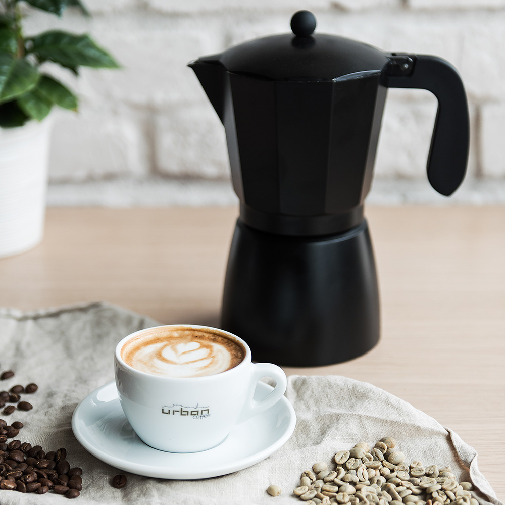 URBAN COFFE - Urban coffee je jedna z prvých kaviarní v Bratislave, v ktorej sa káva praží priamo v priestoroch kaviarne. Sídlo prvej prevádzky sa nachádza práve v bude BBC 1 Plus na Plynárenskej ulici v Bratislave. Koncom minulého roka sme otvorili druhú kaviareň v Panorama City na Landererovej ulici. V našej ponuke nájdete približne 30 druhov plantážnych káv z celého sveta, ktoré pražíme priamo v kaviarňach. V našom stánku na Eco Village budete môcť ochutnať dve výberové kávy a zakúpiť si kávy z rôznych kútov sveta. V ponuke budeme mať aj ECO take away poháre na kávu, čaj alebo iné nápoje.