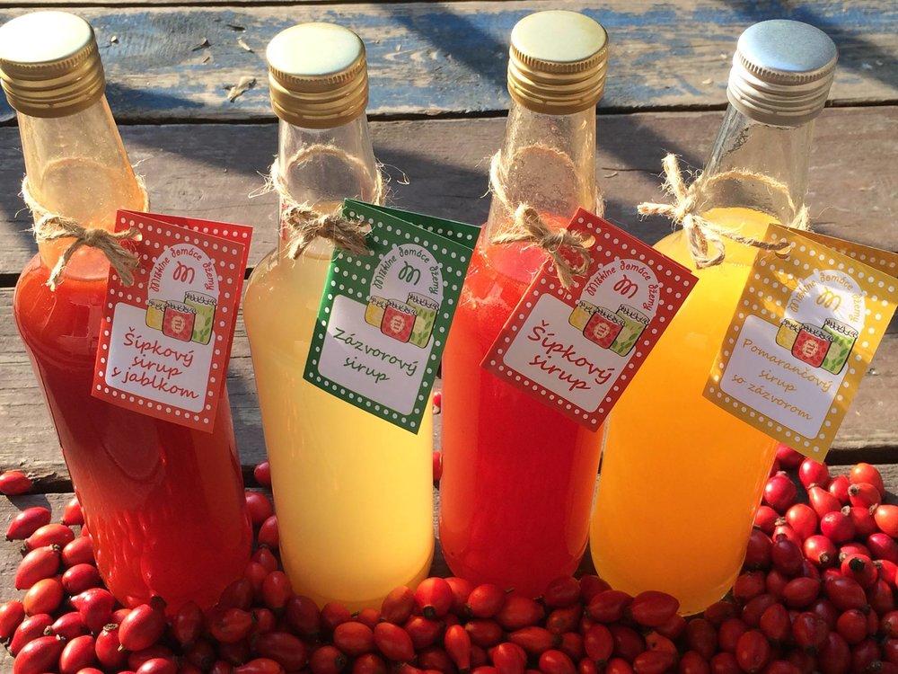MIŠKINE DOMÁCE DŽEMY - Ak mate radi poctivý domáci džem plný ovocia a chuti bez pridaných konzervantov a chémie, tak musíte ochutnať sezónne džemy pani Mišky - Miškine domáce džemy. Základom sú tradičné recepty starých mám a poctivé domáce ovocie.
