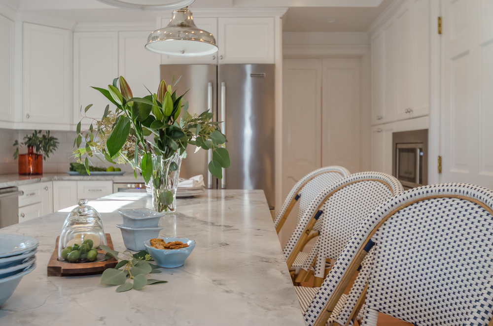Marble Counters and floral design