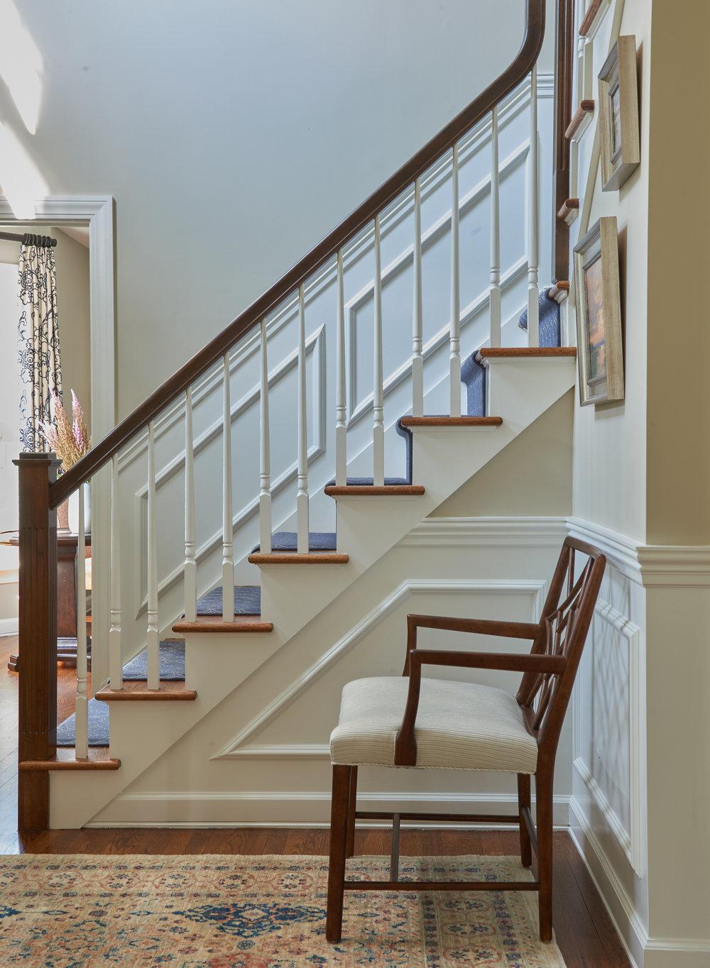 Staircase molding