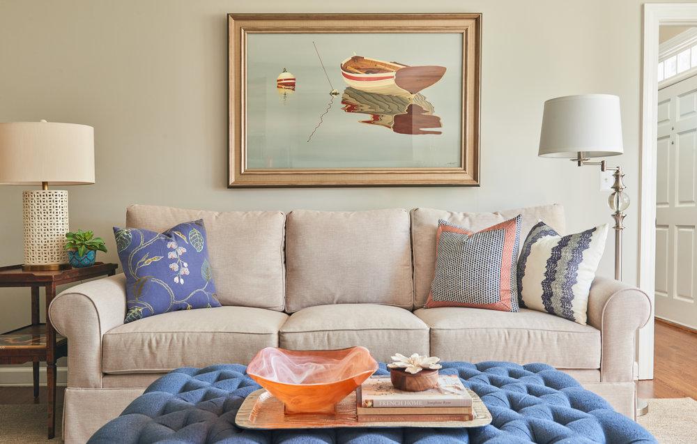 Sofa lighting and art