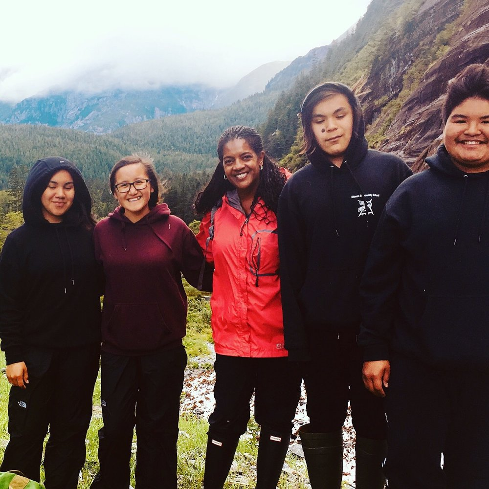 Kim Moore Bailey, East Bay Class of 2018 (pictured center), with the youth participants in the SEAS Community Initiative of the Kitasoo Band in Klemtu, Canada.