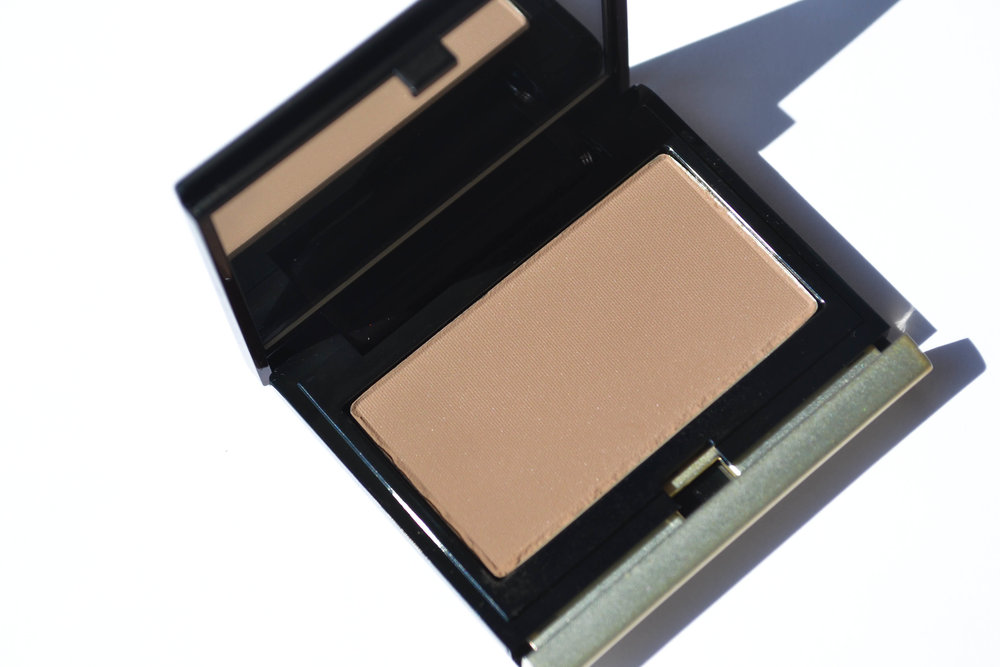 Kevyn Aucoin The Sculpting Contour Powder in Light
