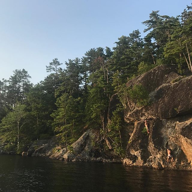 A wonderful day in the midcoast! Deep water soloing on lake Megunticook is engaging and relaxing and soooo much fun! #climbmaine #atlanticclimbingschool