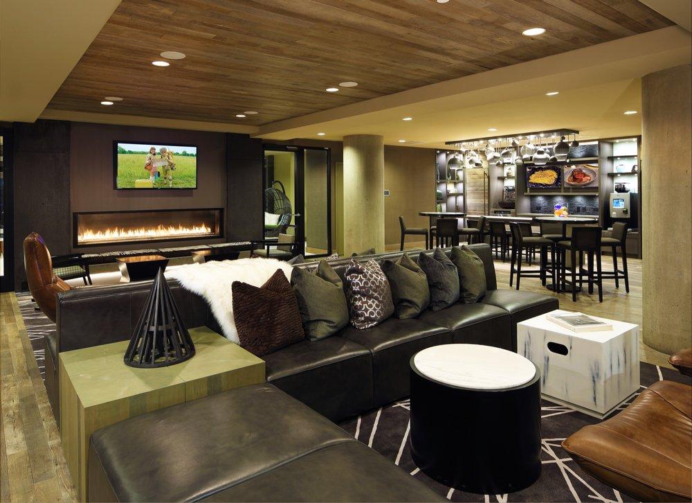 Frasier Lounge.jpg
